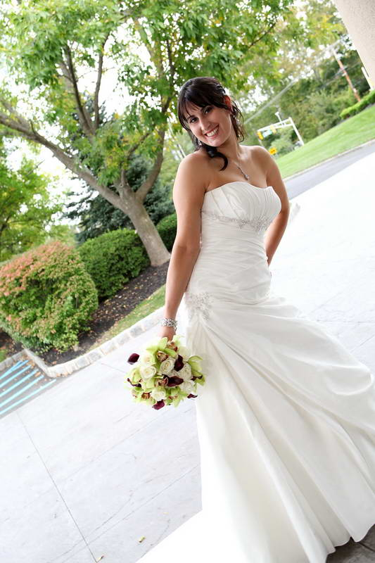 Bride Posing,Bridgewater Manor,Wedding Photography