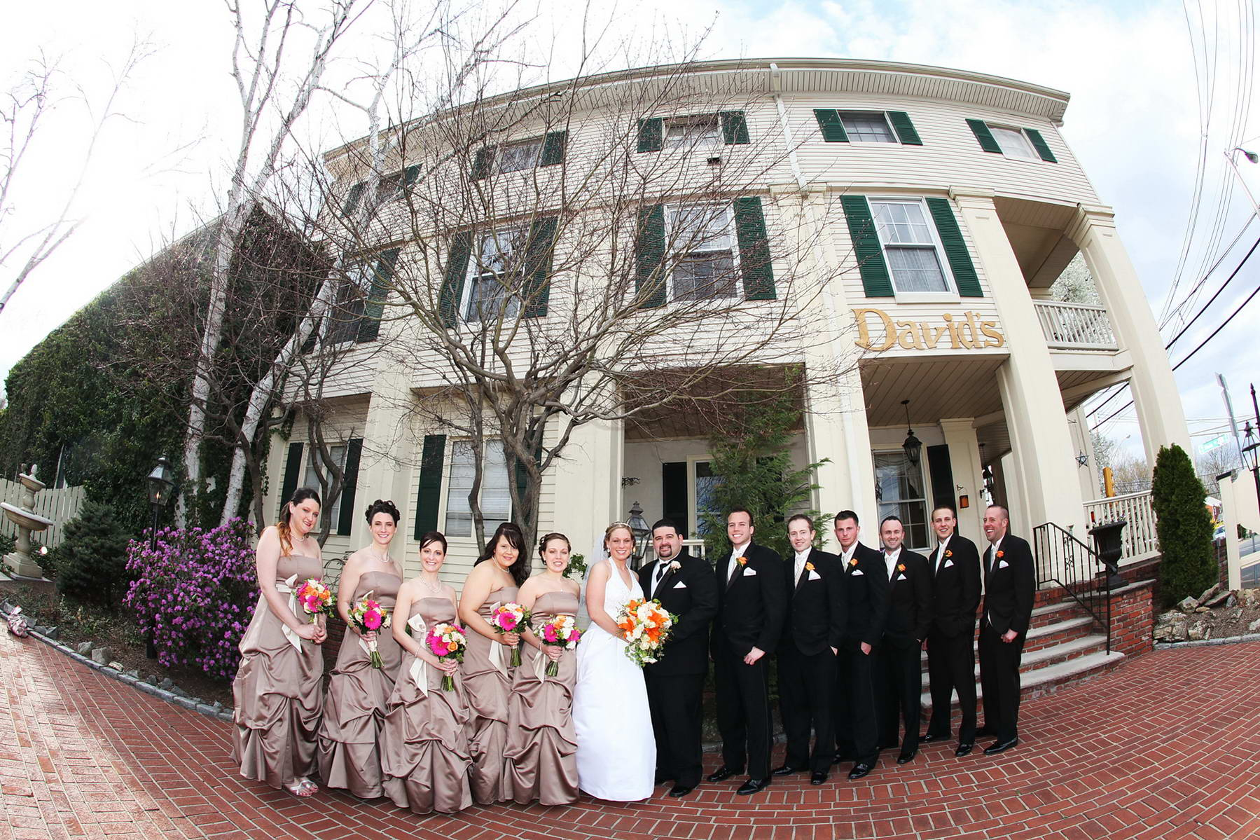 Davids Country Inn,Bridal Party